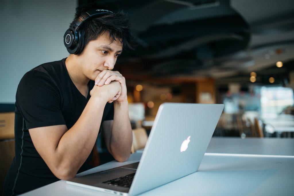 Ubezpieczenie na życie dla branży IT, całkowicie online.
